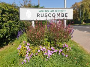 Ruscombe road sign